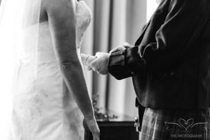 wedding_photography_staffordshire_branstongolfclub_pavilion-77