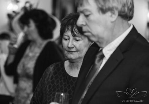 wedding_photography_staffordshire_branstongolfclub_pavilion-95