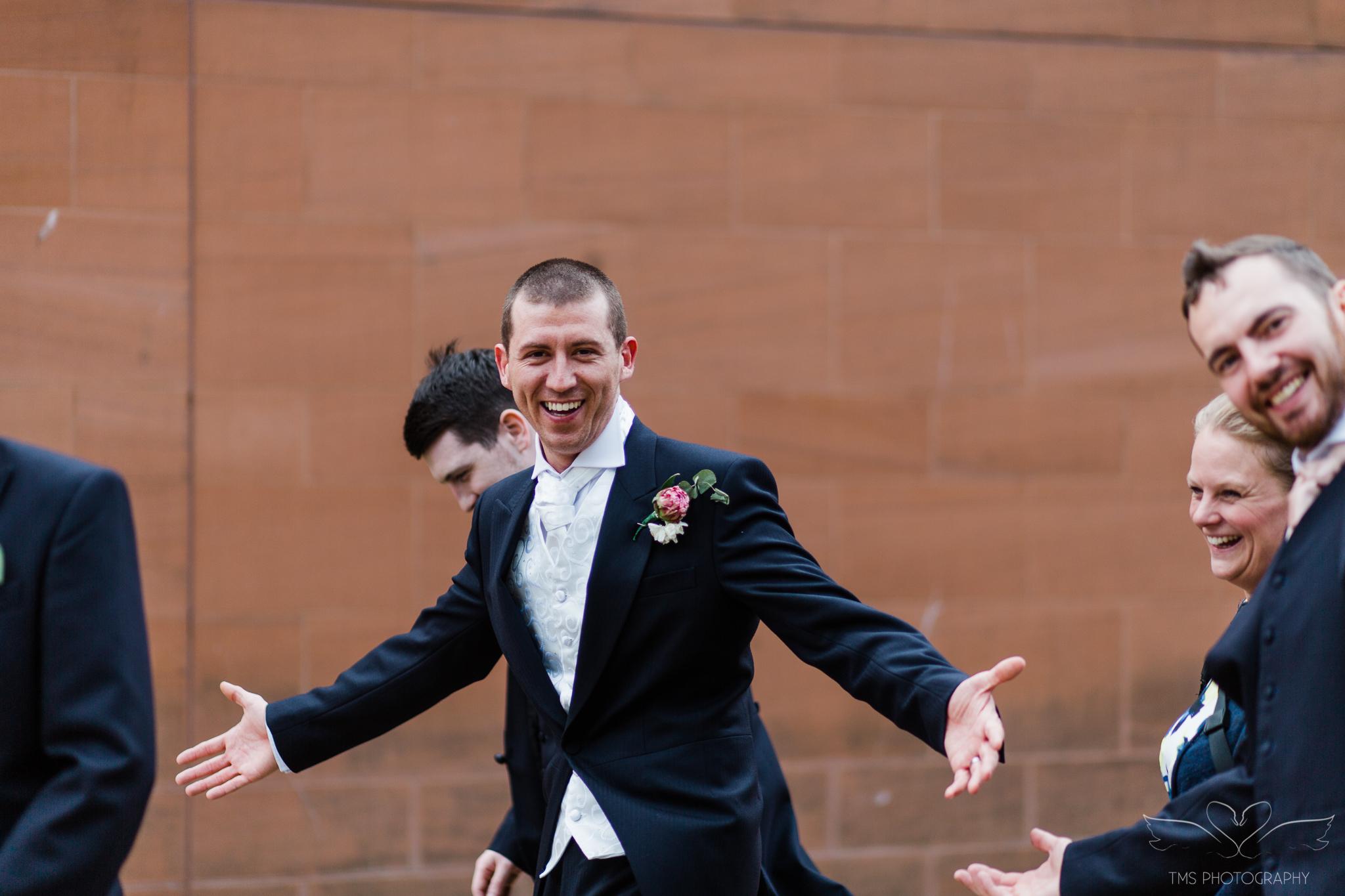 Wedding_photography_Hilton_liverpool_Albertdocks-162