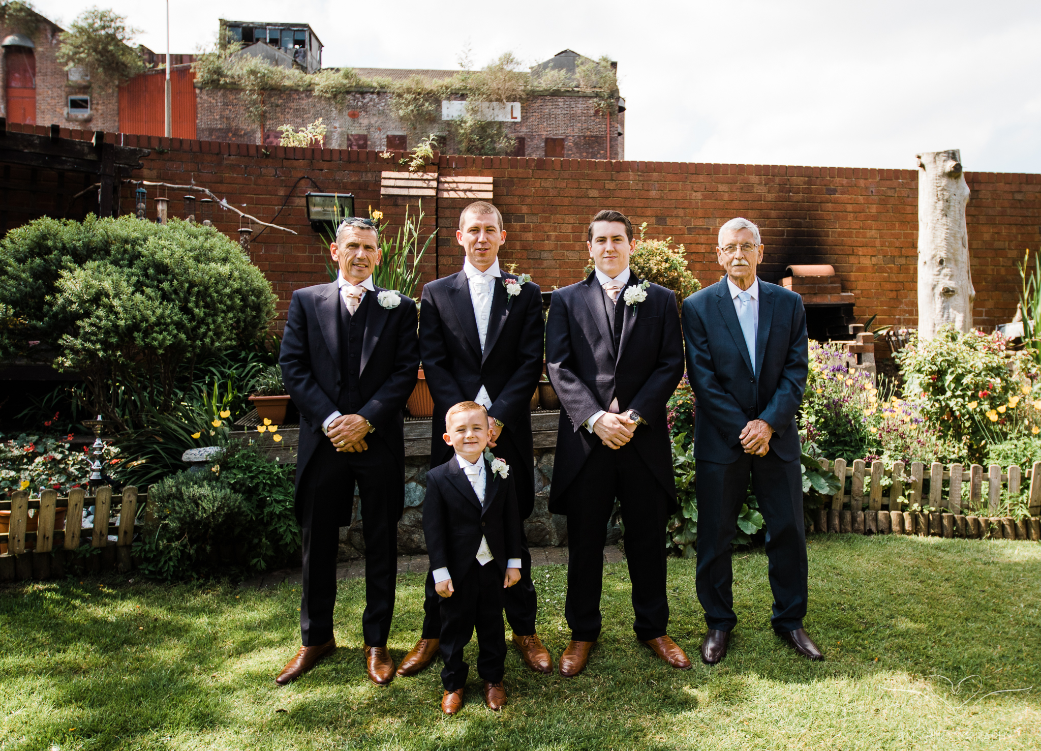 Wedding_photography_Hilton_liverpool_Albertdocks-36