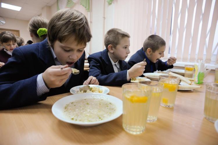 В Івано-Франківську відремонтували низку шкільних їдалень за 1 мільйон 200 тисяч гривень (відео)