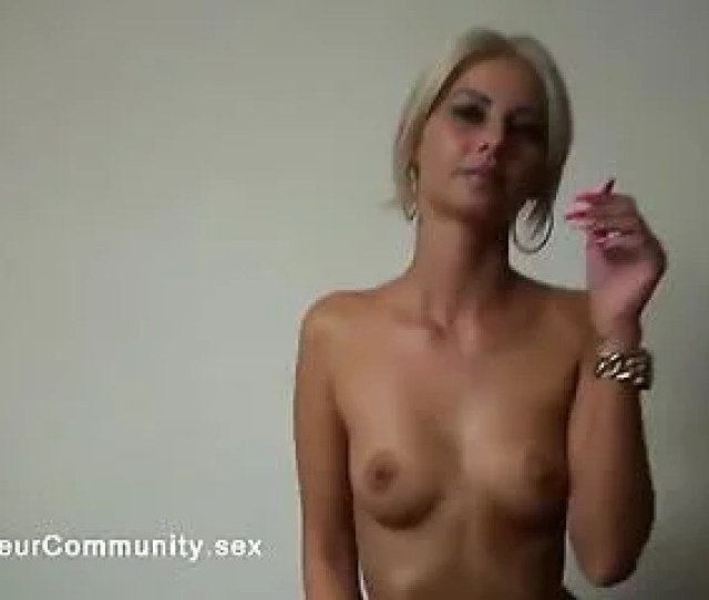 Blond Euro Camgirl Rubbing Her Tight Pussy