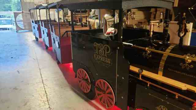 Trackless Train Rentals Nashville