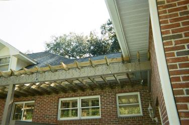 31-pergola-roof-joist