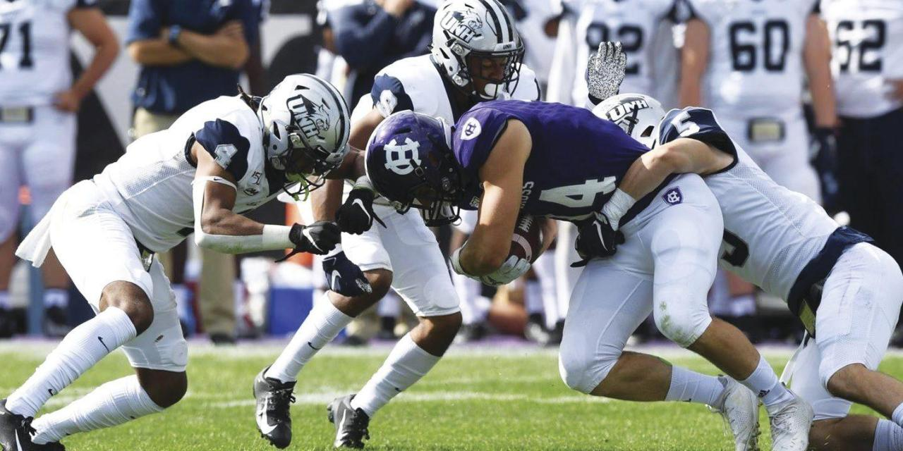 Football loses to Holy Cross late