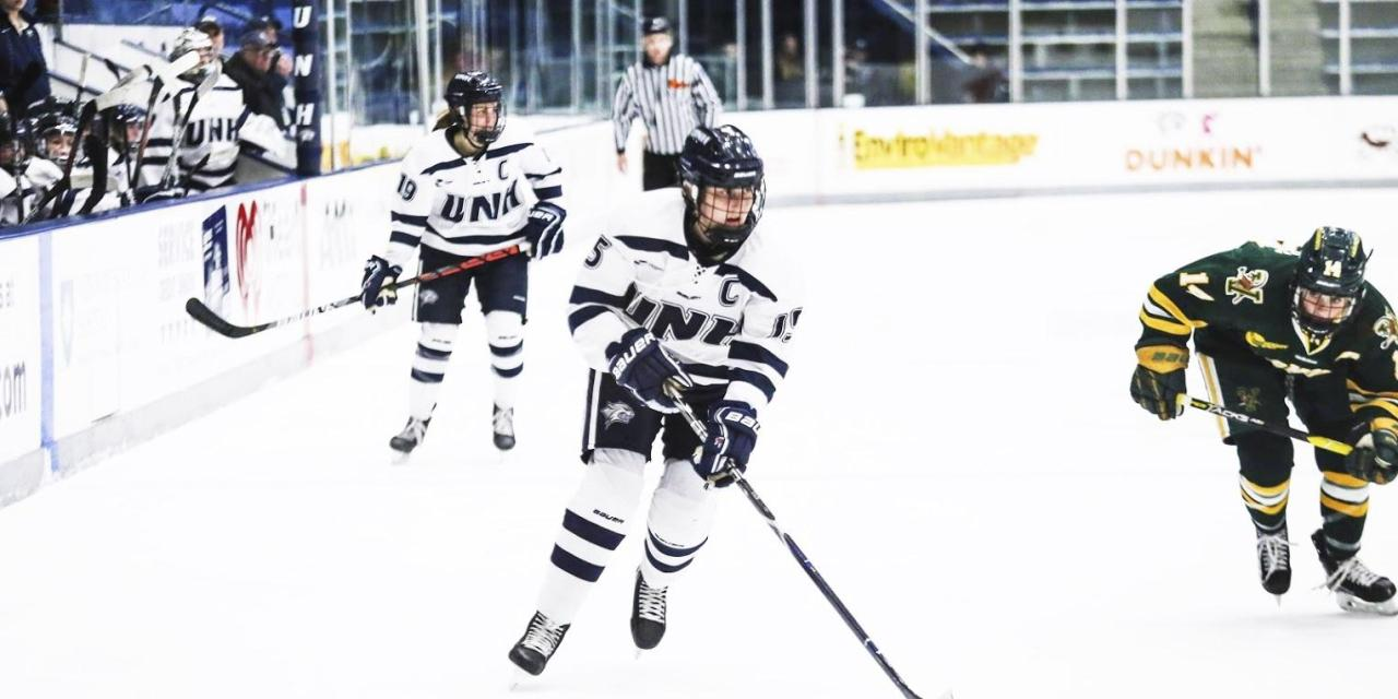 Women's hockey splits weekend against UVM