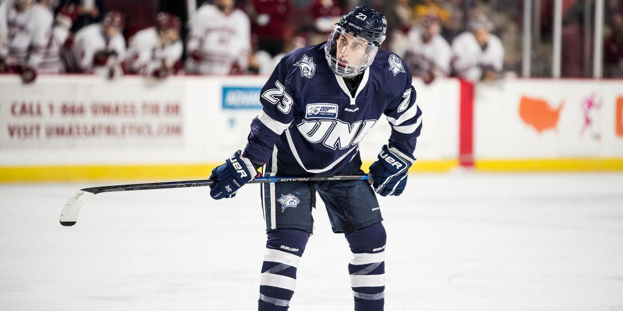 Strong core of upperclassmen leads Wildcats into opening weekend of the hockey season