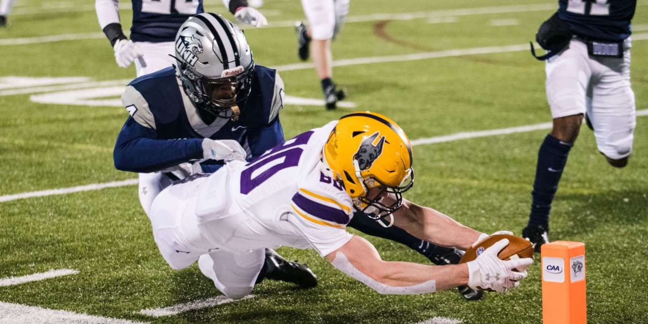 Penalties plague Wildcats in 24-20 loss on opening night