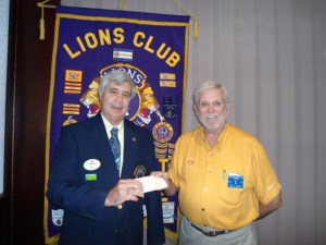 2013-08 Kingsport Donation to White Cane