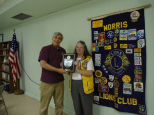 Nellie_Harshbarger_receives_District_Decade_of_the_Year_May_1_2014DSC00628