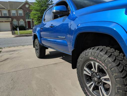 2016 Toyota Tacoma Front Passenger Side T N M F Mudflaps