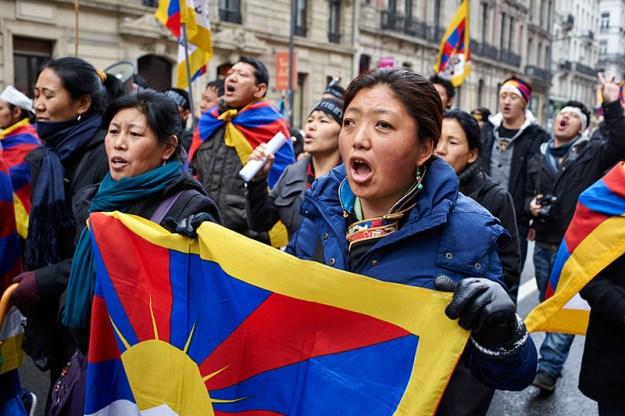 Gyaltsen Drölkar Tibetan nun at March 10th Brussels by Olivier Adam