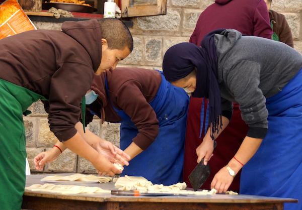 nuns making Tibetan khapse