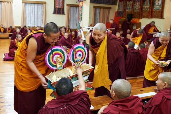 Buddhist Nuns chemar Losar ceremony