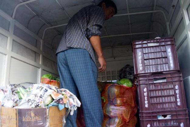 Tibetan Nuns Project, Buddhist nuns, Tibetan nuns, Dolma Ling Nunnery, food supplies for nunnery