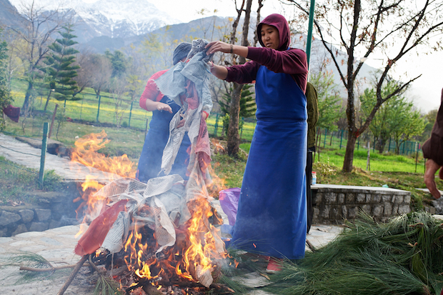prayer flags, burning prayer flags, Tibetan Nuns Project, how to dispose of old prayer flags