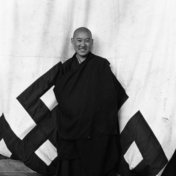 eternal knot, Susan Lirakis, Tibetan refugee nuns, Tibetan Nuns Project