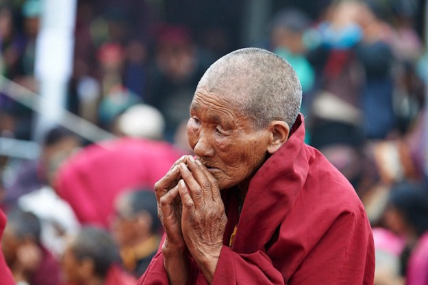 Tibetan Buddhist nun, mudras, sacred hand gesture, Zanskar, Tibetan Nuns Project
