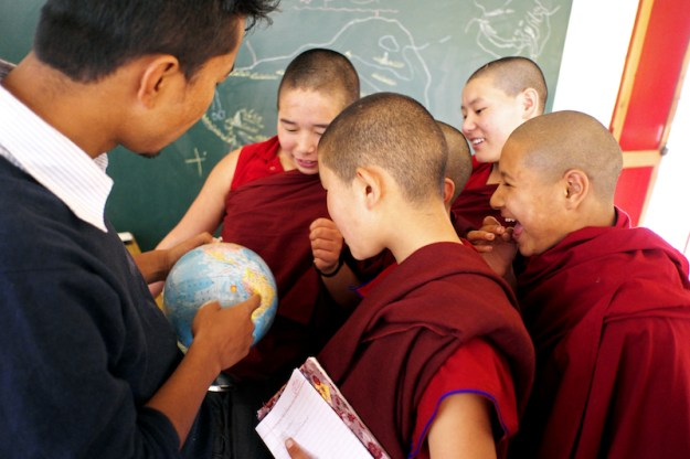 Tibetan Nuns, Tibetan Nuns Project, Tibetan education, Tibetan culture, what Tibetan Buddhist nuns learn