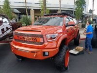 Who makes Roof Racks for Tundras