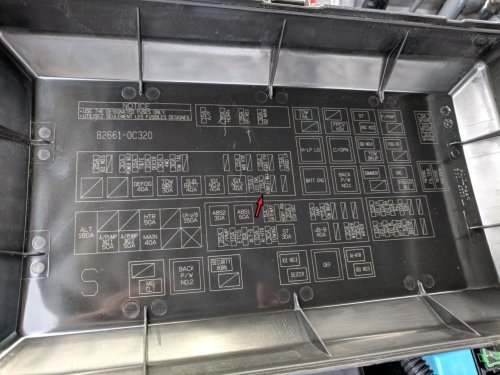 small resolution of cigarette lighter power accessory outlets not working fuse freightliner fuse box location 2007 freightliner fuse box