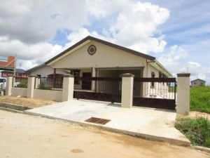 houses for sale in couva