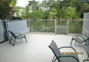 townhouse for sale stratford court deck