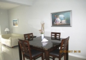 townhouse for sale stratford court dining area