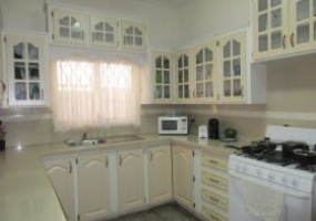 railway road arouca house for sale kitchen
