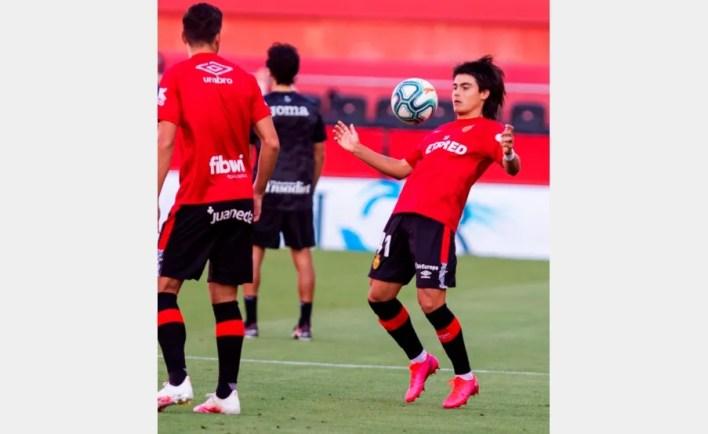 Luka Romero, en la entrada en calor(EFE)