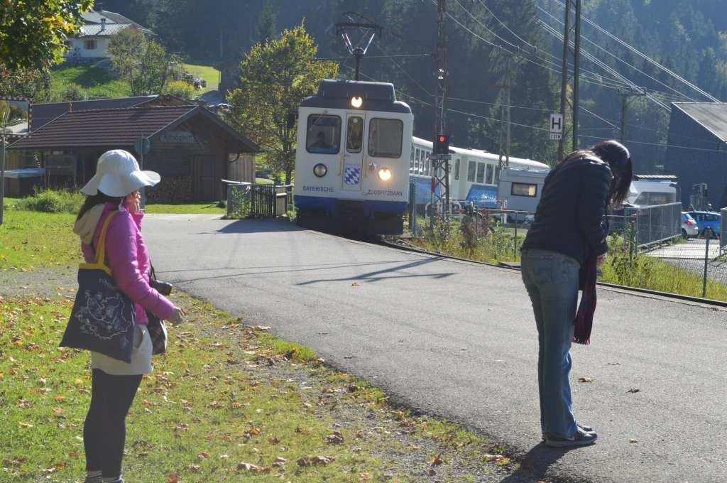 Zugspitzbahn at Kreutzeck-Alpsitzbahn Station