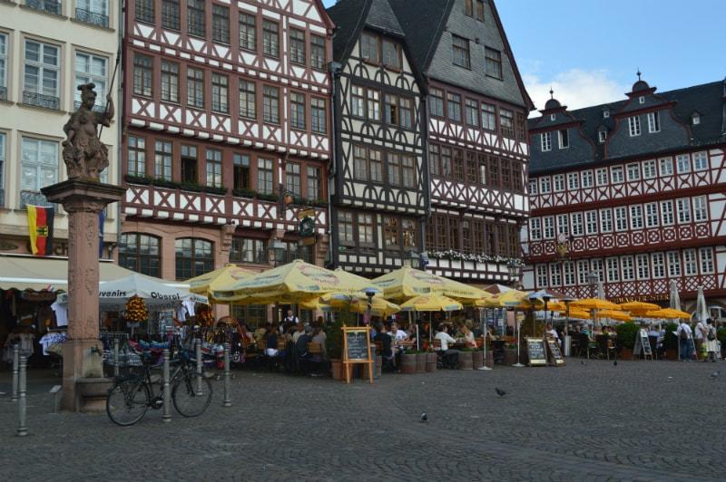 Prague Berlin Coach Rail Tour, Frankfurt Roemer (Römerberg) City Center Germany toeurope to.europe.com