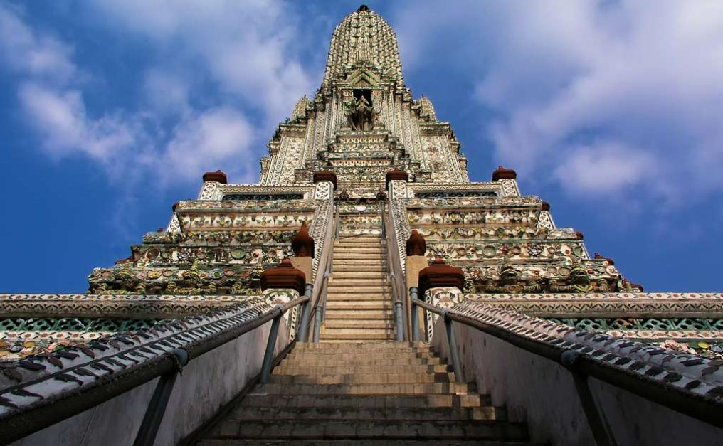 Steps leading up Wat Arun's Central Prang