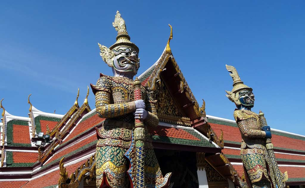 Yakshas – demons from the Ramayana - guard the Emerald Buddha in Wat Phra Kaew