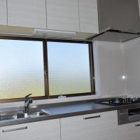 空き家リフォーム、空き家対策、キッチンがLDKに変わり水まわり工事、床下改修工事、間仕切り壁撤