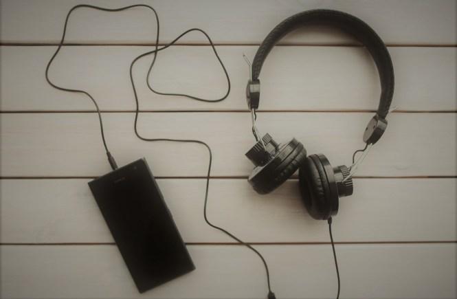 слушалки с телефон