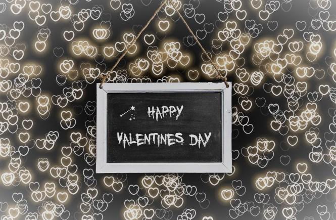 Любов. Табелка за Св. Валентин