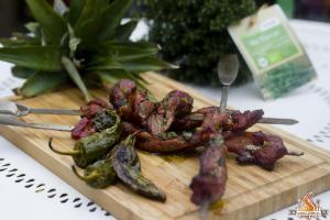 Kalbsspieße mit Bacon vom Holzkohle Grill