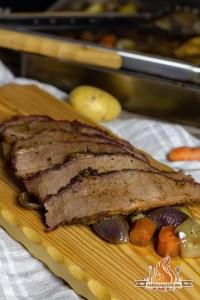 BBQ Springtime Beef Brisket vom Holzkohle Grill