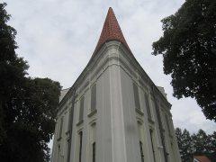 Stróża - trójkątny kościół