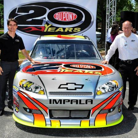 Jeff Gordon's 20 Years DuPont Chevrolet (PC : Sam Bass Twitter)