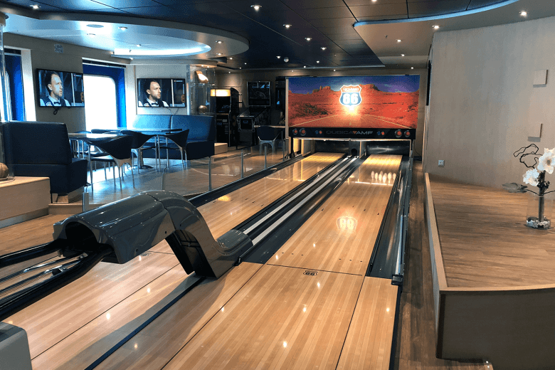 Bowling alley in the sports bar