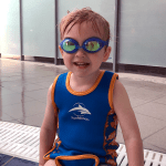 Swimming lessons for children // Learning to swim