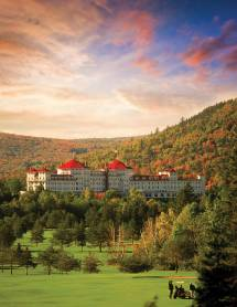 8 Haunted Hotels In America - Real Vacations