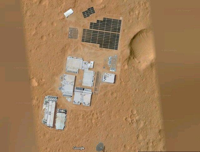 【驚愕】火星に正真正銘の人工施設が建造されていた!! グーグルマーズに超ガチで写り込む、元自衛官が緊急コメント の画像4
