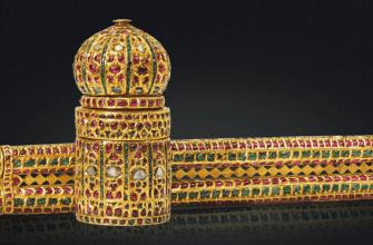 Пенал и чернильница,инкрустированная бриллиантами и рубинами, Индия, 1850-е годы,коллекция Аль-Тани, christies