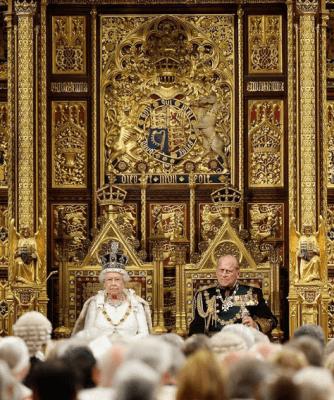 Британский монарх в 66 раз обратится к Парламенту