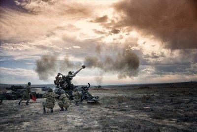 Операция Турции в Сирии, Курды, и санкции США