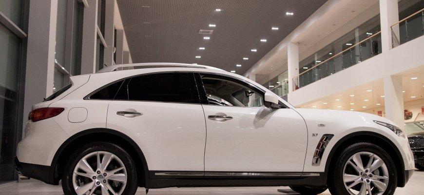 С 1 января зарегистрировать автомобиль можно будет в автосалоне