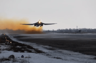 Сила русского оружия: Стратегические ракетоносцы Ту-160 (видео)